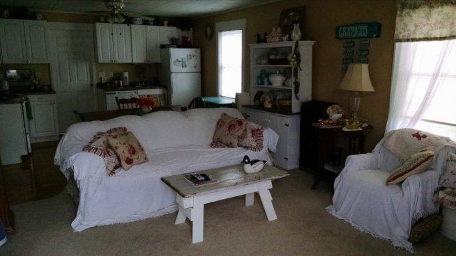 The Dollhouse | Vintage Floral Cottage