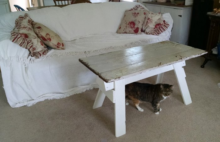 Upcycled sawhorse coffee table | Vintage Floral Cottage