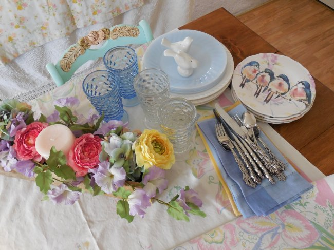 Put Away Shot | Vintage Floral Cottage