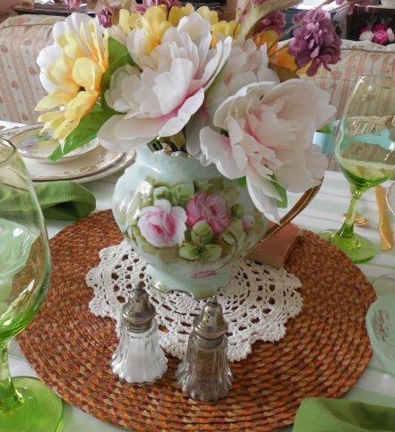 Vintage dinnerware summer table | Vintage Floral Cottage