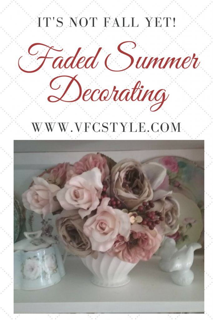 Early Fall Faded Summer color palette home decorating #earlyfall #falldecor #falldecorating #fadedsummer #fadedsummercolors #fadedsummerdecorating #fifthseason