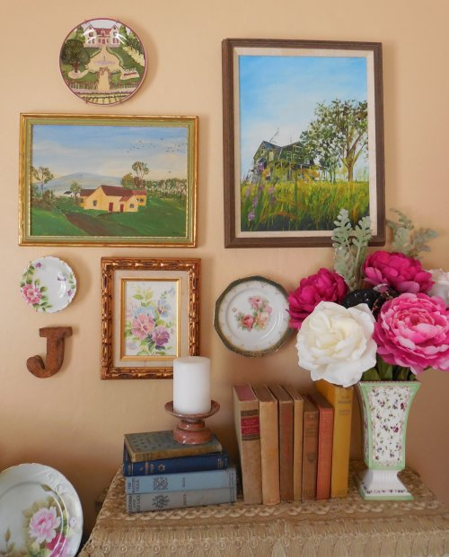 Bedroom wall grouping | Vintage Floral Cottage