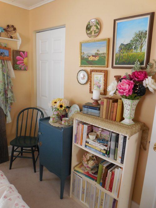 Thrift store finds | Vintage Floral Cottage