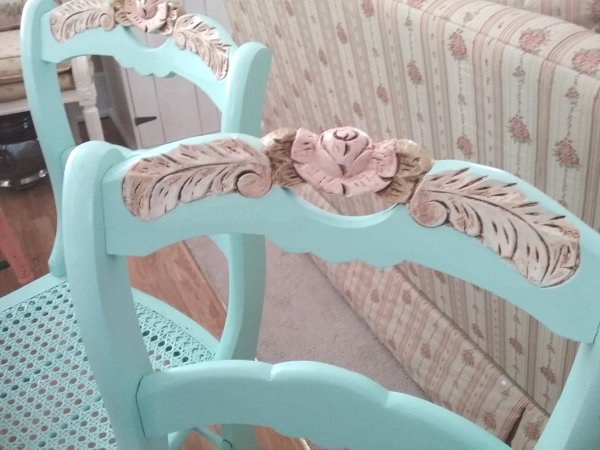 Cottage dining chairs | Vintage Floral Cottage