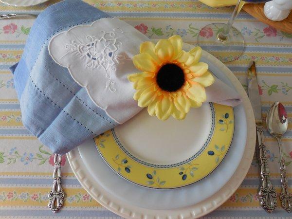 Provence Inspired Table | Vintage Floral Cottage