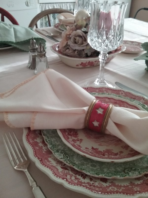 Red and green transferware Christmas luncheon table | Vintage Floral Cottage