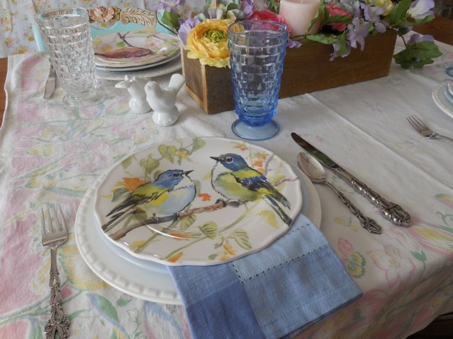 Spring Birds Pier 1 table | Vintage Floral Cottage