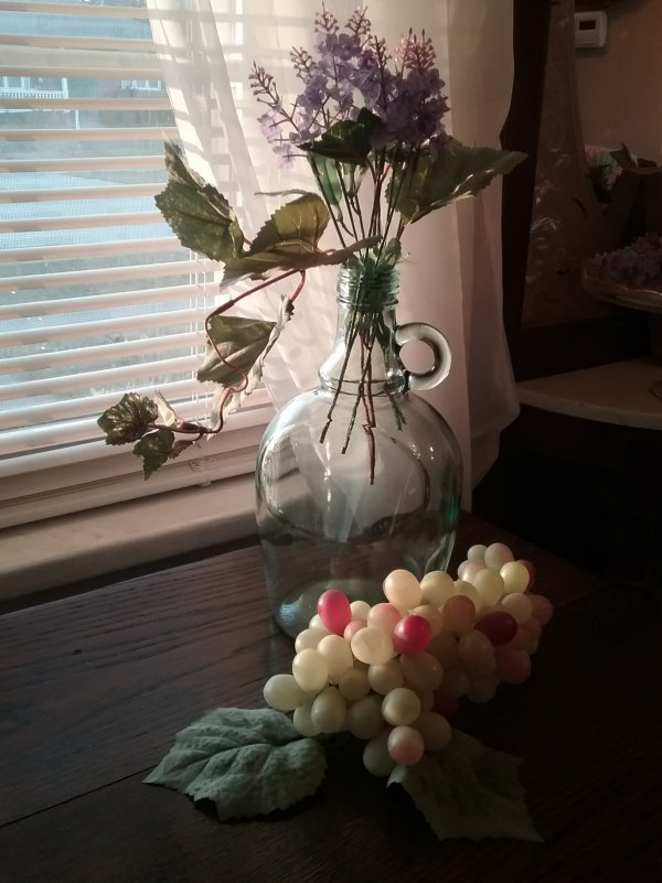 Glass wine jug vase | Vintage Floral Cottage