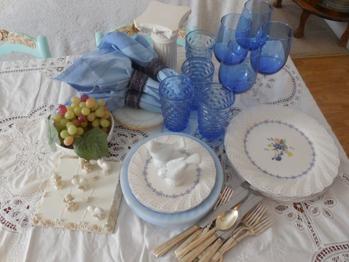 Nikko Blue Peony Valentine's Day table | Vintage Floral Cottage