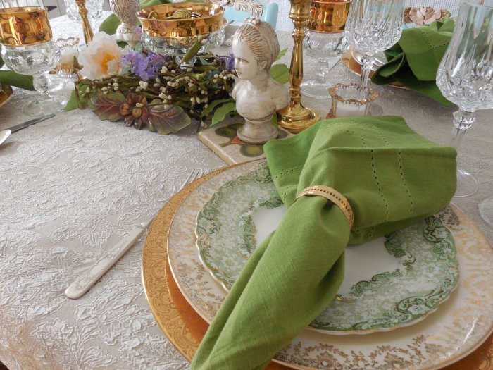 Pot of Gold St. Patricks Table | Vintage Floral Cottage