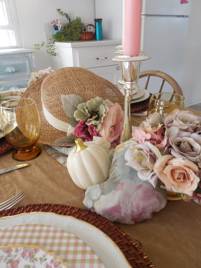 Faded Summer Tablescape 2019 | Vintage Floral Cottage