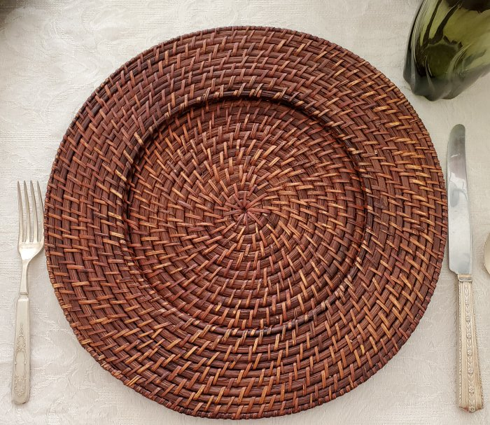 Textured brown rattan chargers in a Fall Thanksgiving tablescape by VFCstyle.com